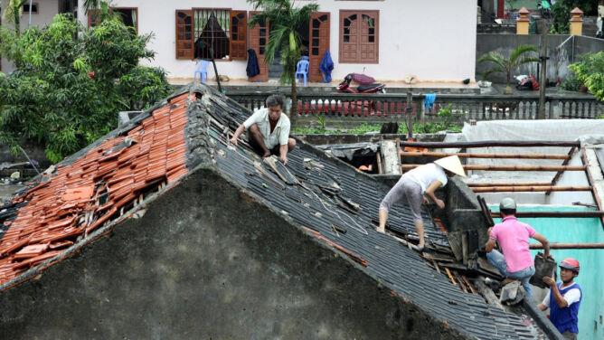 Powódź, huragan i pioruny. 17 ofiar w Wietnamie
